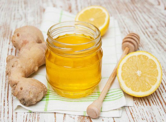 Как сделать напиток из имбиря и меда и лимона